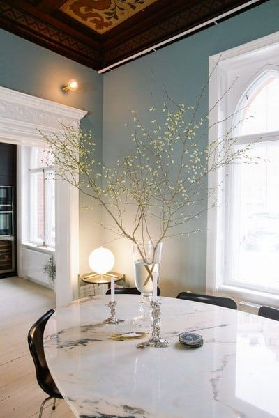 New Trends In Interior Decorating And Home Design For 2021 Edecortrends Edecortrends Interior Design Interior Design Trends Dining Room Inspiration