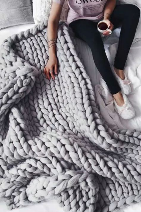 ❄ Winter is Coming, this Super-Chunky Knit #Blanket is what you Need :) Today 59% OFF 🎄 Great #Christmas Gift Idea! 🎄