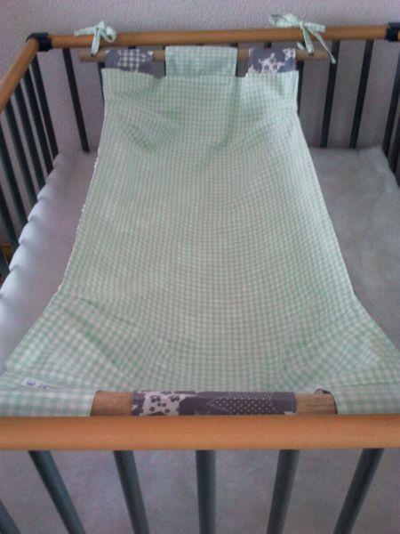 Hangmat In Box.Eenvoudig Zelf Te Maken Hangmatje Voor In De Box Nursery Ideas