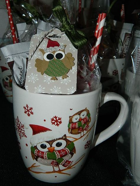 Owl Punch, Stampin' UP!, Tag Topper Scallop Punch, Gifts Hi Everyone! Super cute gift idea!