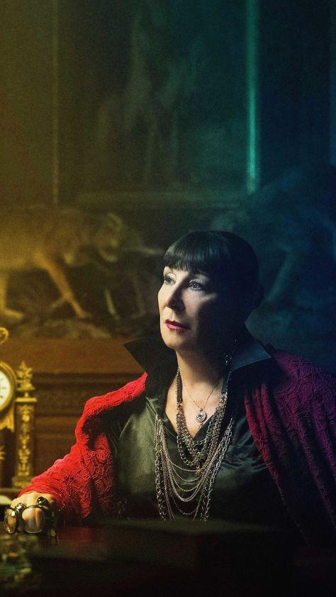 Anjelica Huston As The Director In John Wick Chapter 3 Parabellum 2019 8K Mobile Wallpaper (i...
