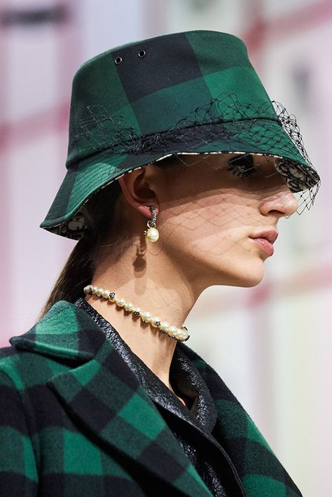 See all the Details photos from Christian Dior Autumn/Winter 2019 Ready-To-Wear now on British Vogue
