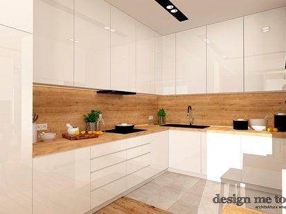 moderne Küchen in Eiche arbeitsplatte-wandverkleidung-weisse-fronten - wandverkleidung für küchen
