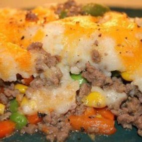 Easy Shepherds Pie Kiddies Love This Dish Foodgasm Recipes Recipe Shepherds Pie Recipe Easy Easy Pie Recipes Recipes