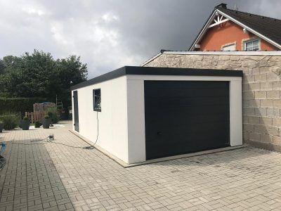 Doppel Carport Mit Hauseingangsuberdachung Und Gerateraum Hinten News Brandl In 2020 House Goals Outdoor Decor House Plans