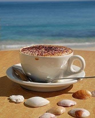Aqui até o café tem outro sabor!... Bom dia!  #albufeira #algarve #igers #ig #cafe #praia #ocean #beach #photooftheday #espiritualidade #terapiamultidimensional #tarot #consultaonline