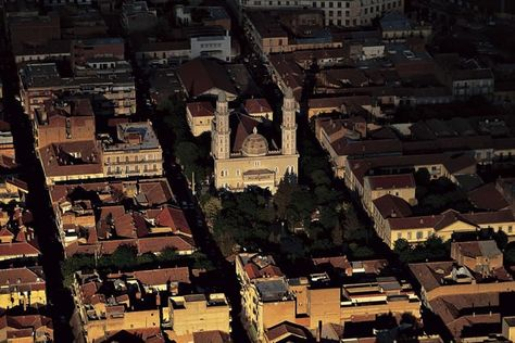 YannArthusBertrand2.org - Fond d écran gratuit à télécharger    Download free wallpaper - Centre-ville de Sétif, Algérie