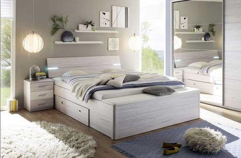 idee-arredo-camera-da-letto-mobili-legno-lampada-sospesa ...