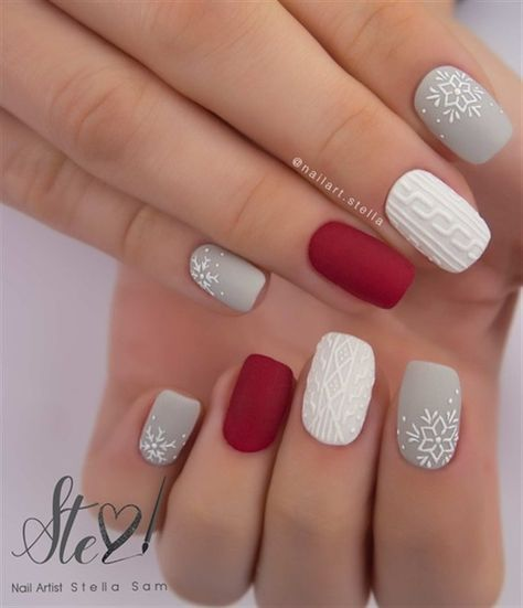 Winter Nail Art, Winter Nail Designs, Christmas Nail Designs, Cute Nail Designs, Nail Color Designs, Star Nail Designs, Christmas Design, Handmade Christmas, Christmas Gel Nails