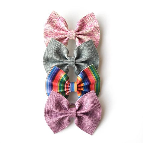 395a98ccd31 WELCOME TO CHE BELLA BOWS!(Kay-bell-uh)You pick -Nylon nude colored Headband  or -Alligator clip or -Velcro for attaching to dog collar EACH BOW WILL  VARY ...