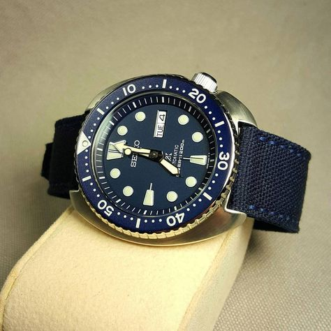 #Seiko #srp773 is here. Love it, not much to say except everyone nails their blue but Pelagos  #drunkartstraps #canvas #canvaswatchstrap #watchstrap