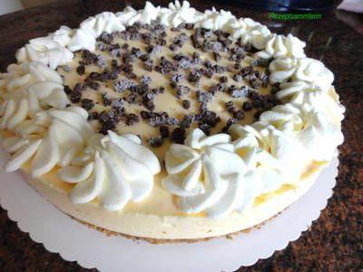 Keksboden Eierlikor Traum Torte Rezept Kuchen Ohne Backen Torten Rezepte Und Lebensmittel Essen