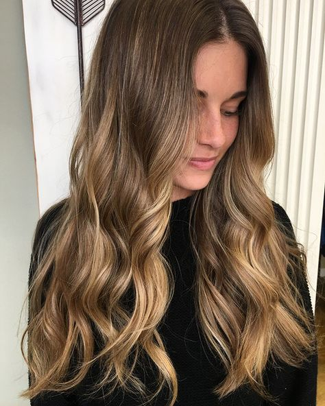 Balayage&Babylights Finally got to get my hands in this hair! #lovewhatyoudo #color #balayage #mimosahairsalon