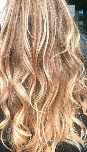 Buttery Blonde Balayage - 20 Beautiful Winter Hair Color Ideas for Blondes - Photos