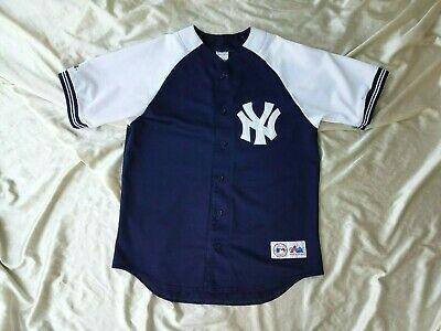 Majestic New York Yankees Vintage Jersey L Authentic Baseball Mlb Sewn M Yankeespinstripes Yankeesgear Yanke New York Yankees Vintage Jerseys Mlb Baseball