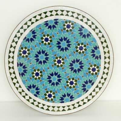Mediterraner Mosaiktisch M60 41 Aus Marokko Ist In Reiner Handarbeit Hergestellt Ideal Als Gartentisch Balkontisch Bistrot Mosaiktisch Mosaik Mosaiksteine
