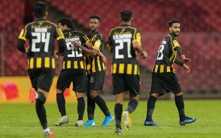 تشكيلة الاتحاد ضد الفتح في الدوري السعودي للمحترفين Sports Jersey Football Jersey