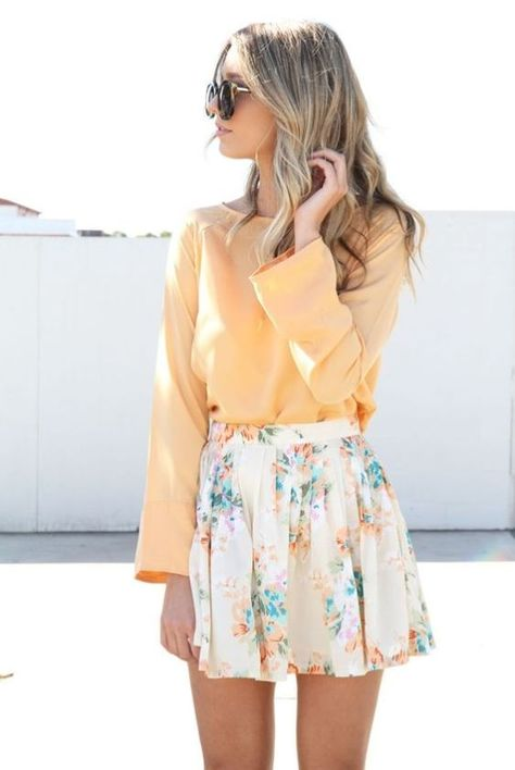 Get dressed up or choose something more casual with these cute Easter outfits to wear this season! These outfits are not just for Easter and they make great spring outfit ideas as well. Look Fashion, Skirt Fashion, Fashion Outfits, Womens Fashion, Fashion Ideas, Latest Fashion, Classy Fashion, Edgy Outfits, Fashion Styles
