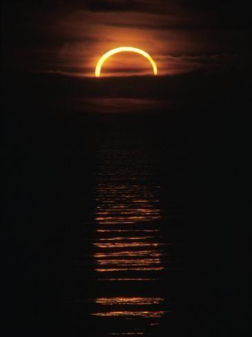 Solar Eclipse Photographic Print Roger Holden Art Com Solar Eclipse Photography Eclipse Photography Solar Eclipse