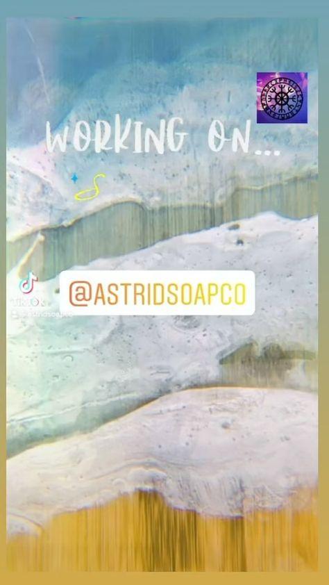 astridsoapco on Instagram: sᴏᴍᴇᴛʜɪɴɢ ɴᴇᴡ ɪs ᴄᴏᴍɪɴɢ sᴏᴏɴ🌊#resinart #resin #resincraft #resinsea #resinservingboard #astridsoapco