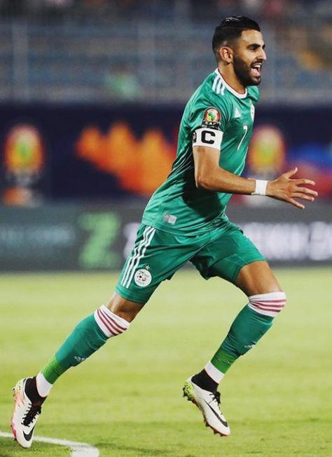 Riyad Mahrez Capiten Algérien