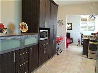 C Oacute Moda Y Moderna Residencia Compuesta De 3 Habitaciones