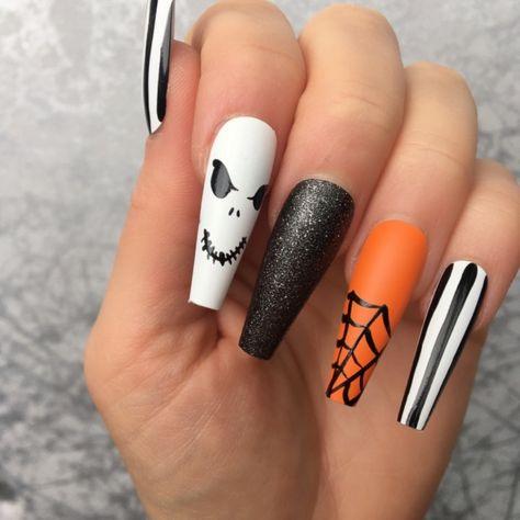 Holloween Nails, Halloween Acrylic Nails, Cute Halloween Nails, Fall Acrylic Nails, Halloween Nail Designs, Acrylic Nail Designs, Nail Art Designs, Diy Halloween Games, Halloween City