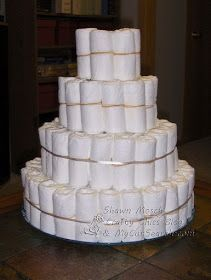 Crafty Chics: Diaper Cake   Building The Tiers