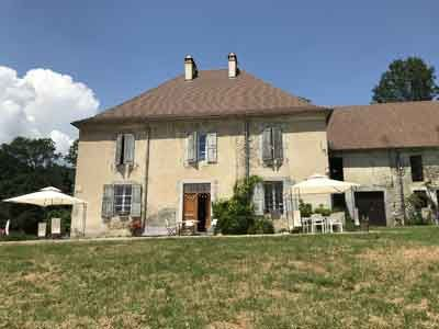 Acheter Gites Meubles Ou Chambres D Hotes En Rhone Alpes Decoration Exterieur Maison D Hotes Belle Maison