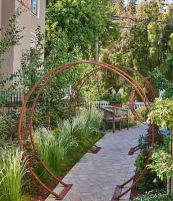 90 Beautiful Side Yard Garden Path Design Ideas Homekover In 2020 Pathway Landscaping Side Yard Path Design
