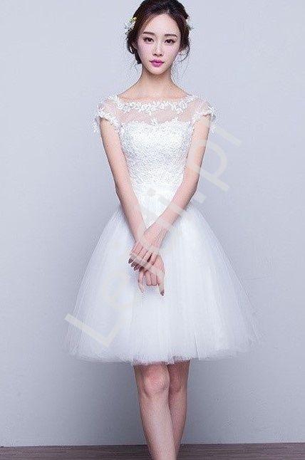 abcabd8d54 Pin od Weddings Factory na Krótka sukienka ślubna