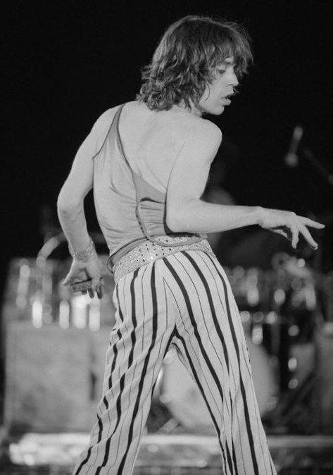Rolling Stones Mick Jagger dancing #KeithRichards #keithrichards