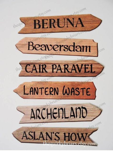 Printable Paper Wooden Arrow Signposts for Chronicles of Narnia Places ideal for a Party or Occasion