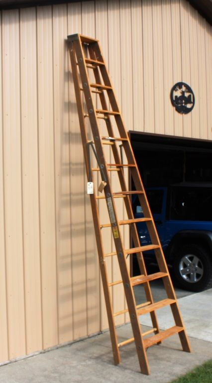 Holland Ladder Company 12 Foot Wooden Ladder For Auction Don And Irene Are Looking To Downsize Some Of Their Collections And Conta Wooden Ladder Wooden Ladder