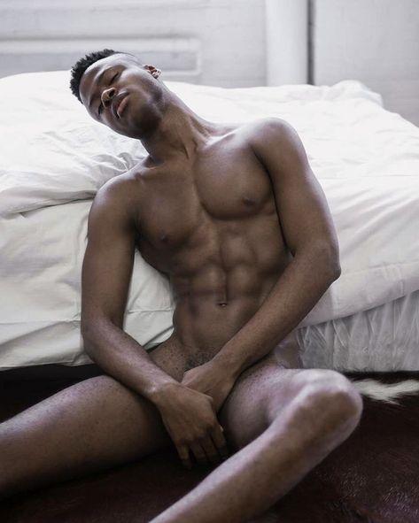 nackt schwarze jungs