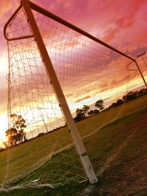 Image of angle, game, outdoor - 820817 : Soccer Sunset II. Soccer Pro, Soccer Tips, Soccer Cleats, Soccer Players, Soccer Ball, Girls Soccer, Live Soccer, College Basketball, Photo Wall Collage