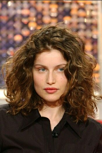 Pin By Aj Aj On Coiffure Laetitia Casta Laetitia French Actress