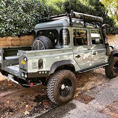 Prochaine Etape Peinture Et Amenagement De La Benne Ca Va Etre Sympa Landrover Coolan With Images Land Rover Defender Land Rover Defender Expedition Land Rover