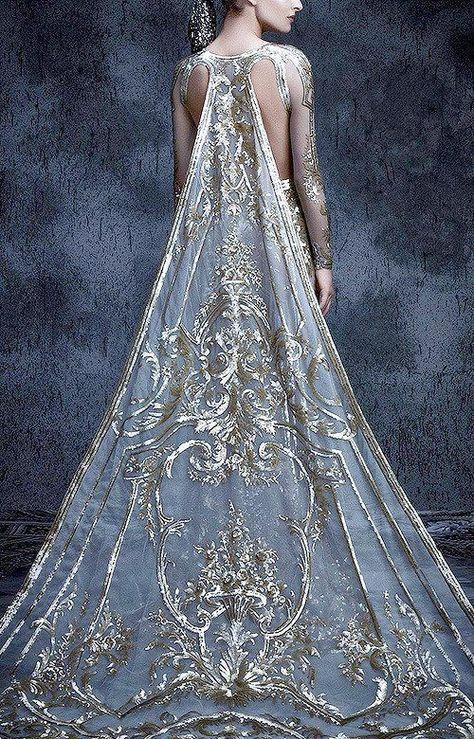 Imgur: The magic of the Internet Beautiful Gowns, Beautiful Outfits, Beautiful Life, Michael Cinco Couture, Michael Cinco Gowns, Fantasy Gowns, Fantasy Hair, Fantasy Makeup, Mode Inspiration