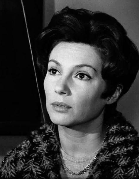 Nadine Alari DIEULOIS
