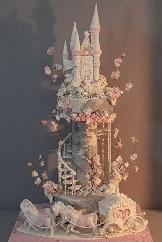 42 Eye-Catching Unique Wedding Cakes ❤️ unique wedding cakes tall fairytale castle shaped yenersway From birdcage to fairy tale we're gathered unique wedding cakes to help you find some inspiration and do your wedding for 100 percent awesome! Crazy Cakes, Fancy Cakes, Pink Cakes, Amazing Wedding Cakes, Elegant Wedding Cakes, Unique Weddings, Blush Weddings, Rustic Weddings, Amazing Cakes