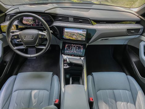 Audi E Tron Sportback First Edition Is One Slick Electric Suv Audi E Tron E Tron Audi