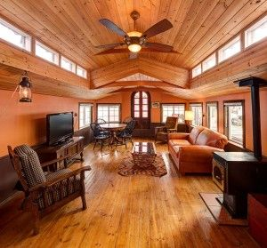 Imaging Living Aboard This Stunning Seattle Houseboat. Not A Floating Home!