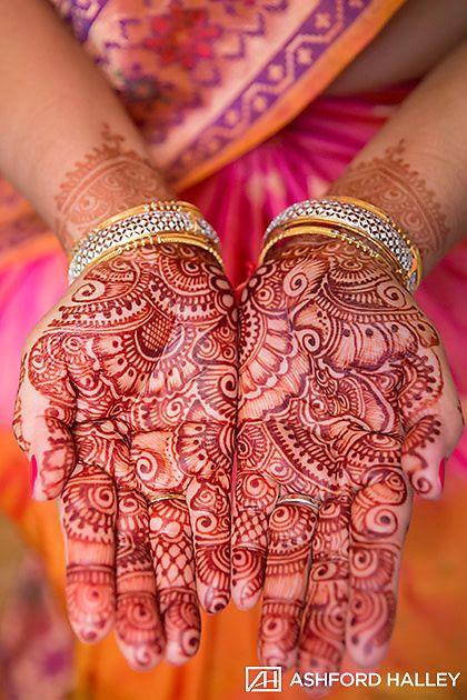 Indian Bride Henna Tattoo Indian Bride Wedding Ideas Indian