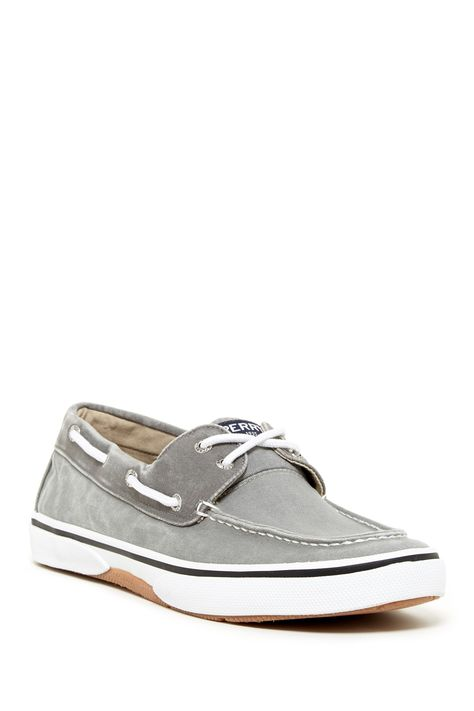 Sperry Halyard 2 Eye Boat Shoe Wide Width Available | Boat
