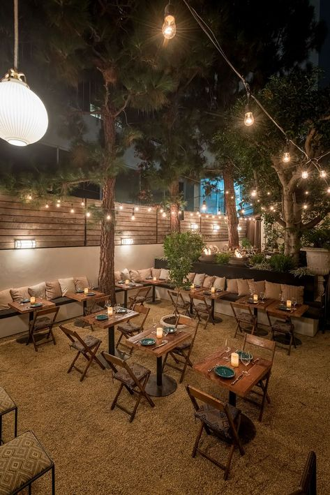 Santa Monica's new patio hideaway feels like a celebrity backyard party - Santa Monica's New Fia Restaurant Feels Like a Secret Celebrity Backyard Party – Eater LA Outdoor Restaurant Design, Outdoor Restaurant Patio, Deco Restaurant, Outdoor Cafe, Restaurant Interior Design, Restaurant Themes, Outdoor Shop, Party Outdoor, House Restaurant