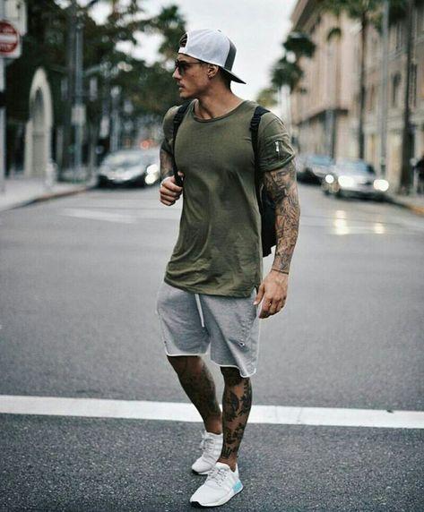 Men's Summer fashion sporty outfit inspiration. - Men's Summer fashion sporty outfit inspiration. Source by jleconteberlin - Mode Masculine, Sporty Summer Outfits, Casual Outfits, Winter Outfits, Men's Summer Clothes, Men's Spring Outfits, Men's Summer Outfits, Black Outfits, Casual Attire