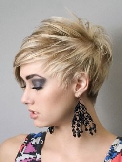Short Hairstyles for Round Faces - There is a common misconception that short hairstyles are difficult to pull off if you have a round face shape. Many people think that short hairstyles cannot elongate the face as much as medium and long hairstyles, but this is only true if you don't know which ones you should choose.