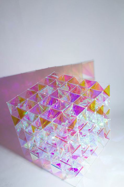 An Iridescent Kite Made From Dichroic Glass Finishes - Design Milk