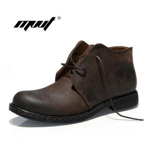 0125228f526 Barato Botas de hombre hechas a mano de estilo británico de cuero genuino  loco hombres otoño Martin botas de trabajo a prueba de agua seguridad botas  de ...